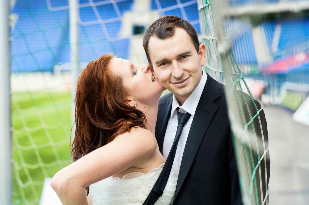 plener ślubny kraków na boisku TS Wisła