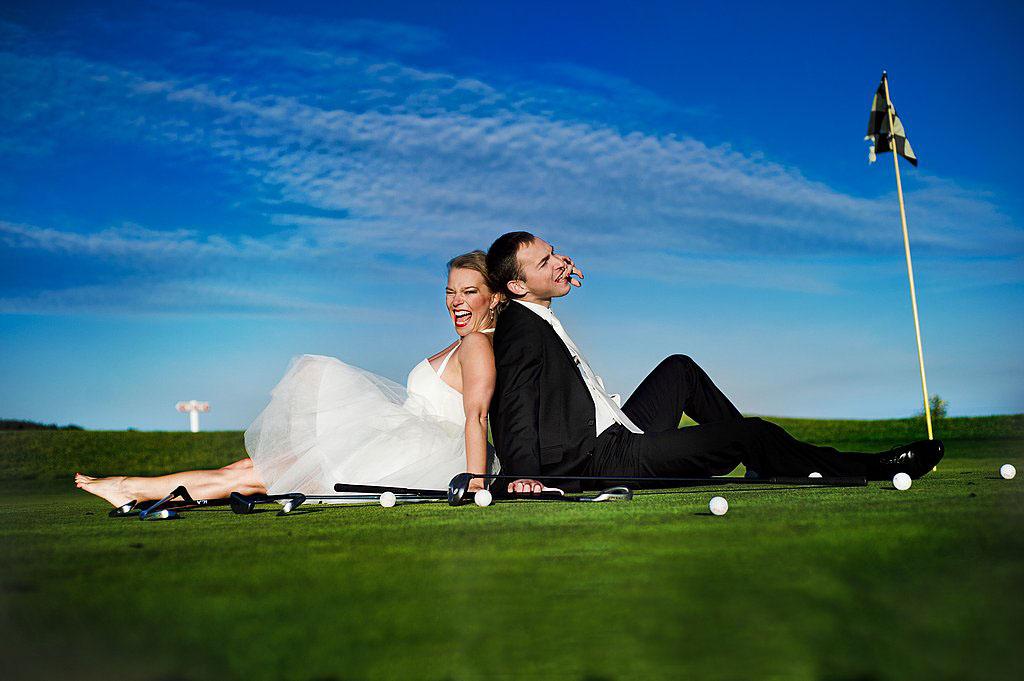 sesja ślubna na polu golfowym plener ślubny pole golfowe